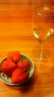 苺、ワイン