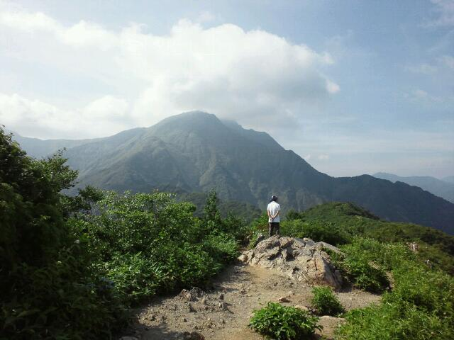 山頂まで3<br />  キロ