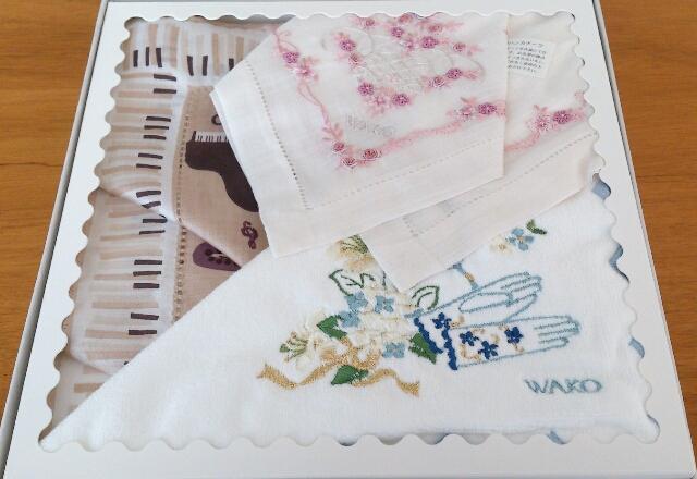 手縫いの刺繍